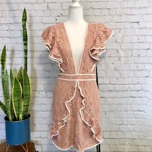 NWT PRETTYLITTLETHING Pink Deep-V Lace Mini Dress